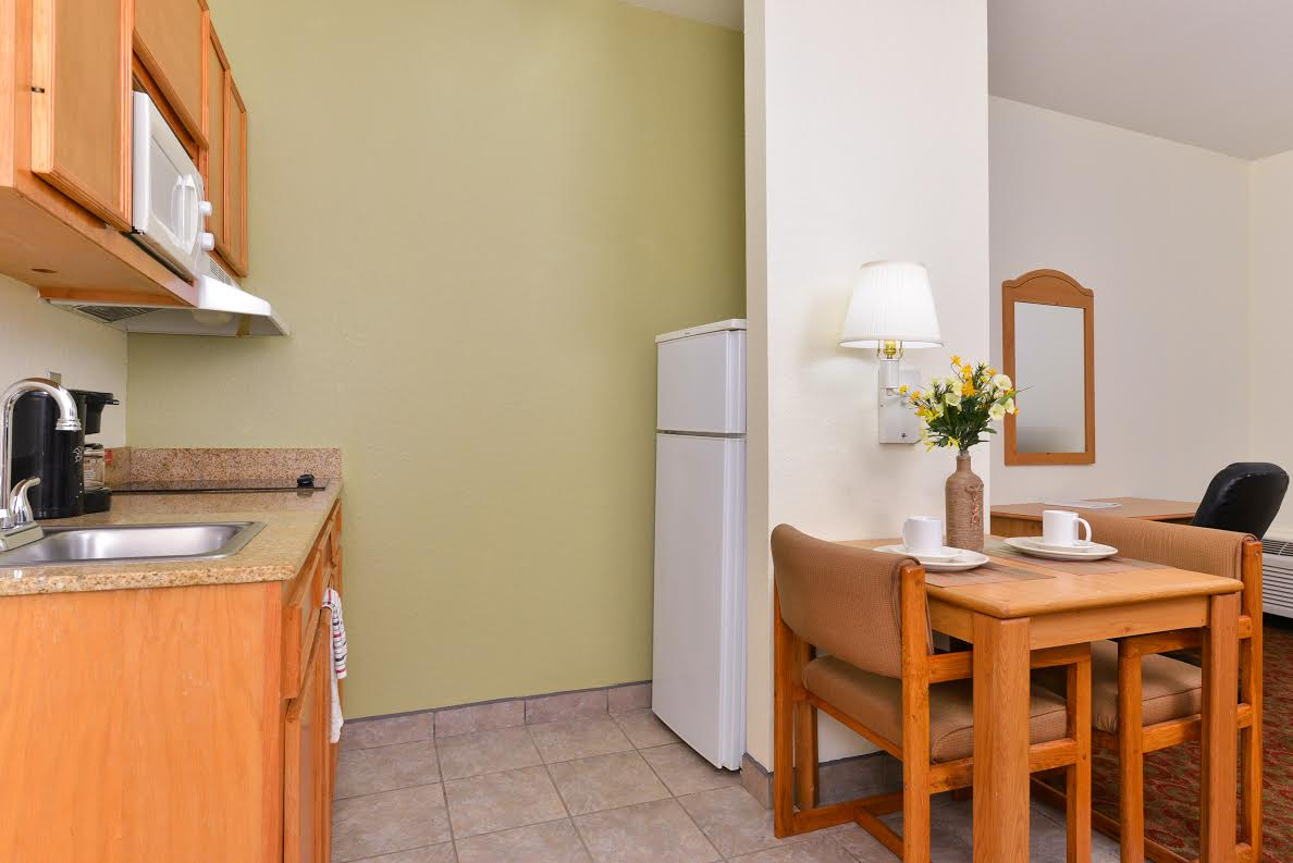 extended stay hotel Winnie TX, hotel deals Southeast Texas, SETX hotel specials, Golden Triangle hotel special rates, construction crew hotel Southeast Texas, pipeline crew hotel Southeast Texas